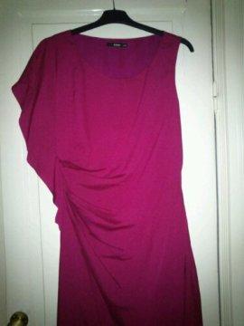 Draperad klänning från Oasis